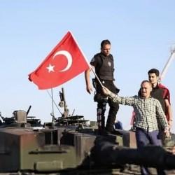 اعتقال القائد العام للجيش الثاني التركي بعد محاولة الانقلاب