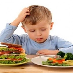 أطعمة تزيد ذكاء طفلك