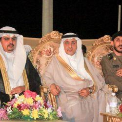 نائب أمير منطقة المدينة يقدم واجب العزاء لمديري المرور والهلال الأحمر بالمدينة