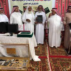 أهالي مخيم العيد لقبيلة القواسمة يكرمون المشاركين في الحد الجنوبي في احتفاليتهم بالعيد