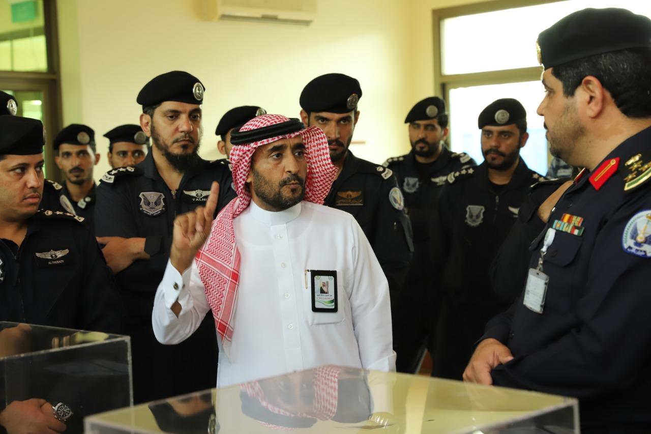 مكافحة المخدرات بمحافظة جدة تقيم معرض توعوي بأضرار المخدرات بقاعدة طيران الأمن بمنطقة مكة المكرمة