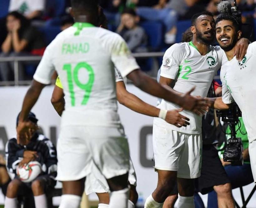 الأخضر يحجز بطاقة التأهُّل لدور الـ16 بثنائية نظيفة في مرمى لبنان