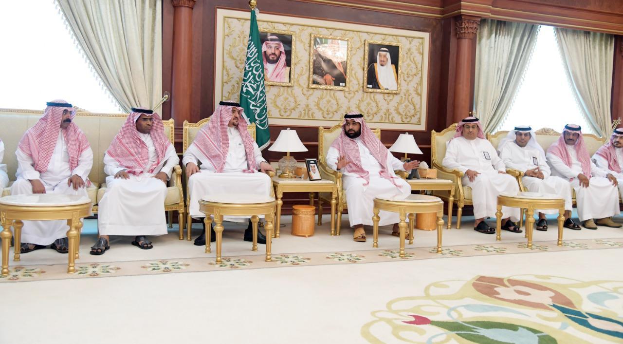 أمير جازان بالنيابة يستقبل أمين ورؤساء بلديات المنطقة