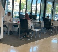 المشرف العام على مستشفى الملك عبدالعزيز بجدة يقوم بجولة تفقدية في مدخل المستشفى ومكتب تجربة المريض