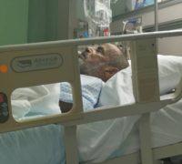 """""""ابن مسعد"""" يرقد على السرير الأبيض بمستشفى الدكتور سليمان فقيه"""