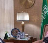 سمو ولي العهد يلتقي وزير الخارجية الألماني السابق