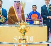 """خادم الحرمين الشريفين يرعى حفل سباق """"كأس السعودية"""""""
