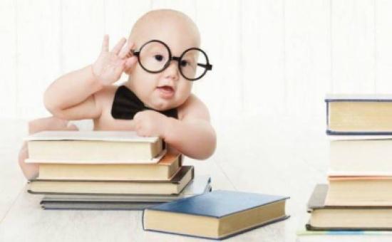"""""""طفل ذكي بلا عناء"""" .. بقلم : الهنوف الشامي"""