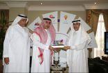 مدير شركة STC بمنطقة مكة المكرمة يكرم نادي الوحدة