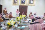 الأمير بدر بن سلطان يستمع لمطالب أهالي  خليص والكامل ويلتقي ذوي شهداء الواجب