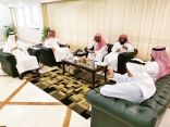 الأمين العام لوقف الملك عبدالعزيز يجتمع مع المدير العام لمؤسسة الأعمال الخيرية لعمارة المساجد