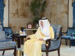 أمير منطقة مكة المكرمة يستقبل مدير عام فرع وزارة الموارد البشرية والتنمية الاجتماعية