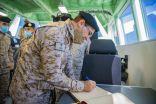 حفل تسليم واستلام زوراق الاعتراض السريعة في القوات البحرية