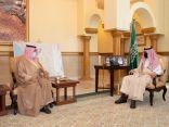 نائب أمير مكة المكرمة يستقبل عددا من المسؤولين بالمنطقة